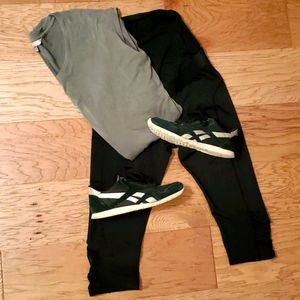 Mumberry Maternity Capri Leggings with Pocket